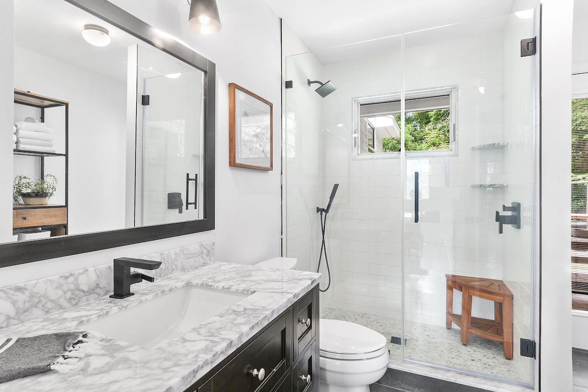 bathroom-design-ashley-libath